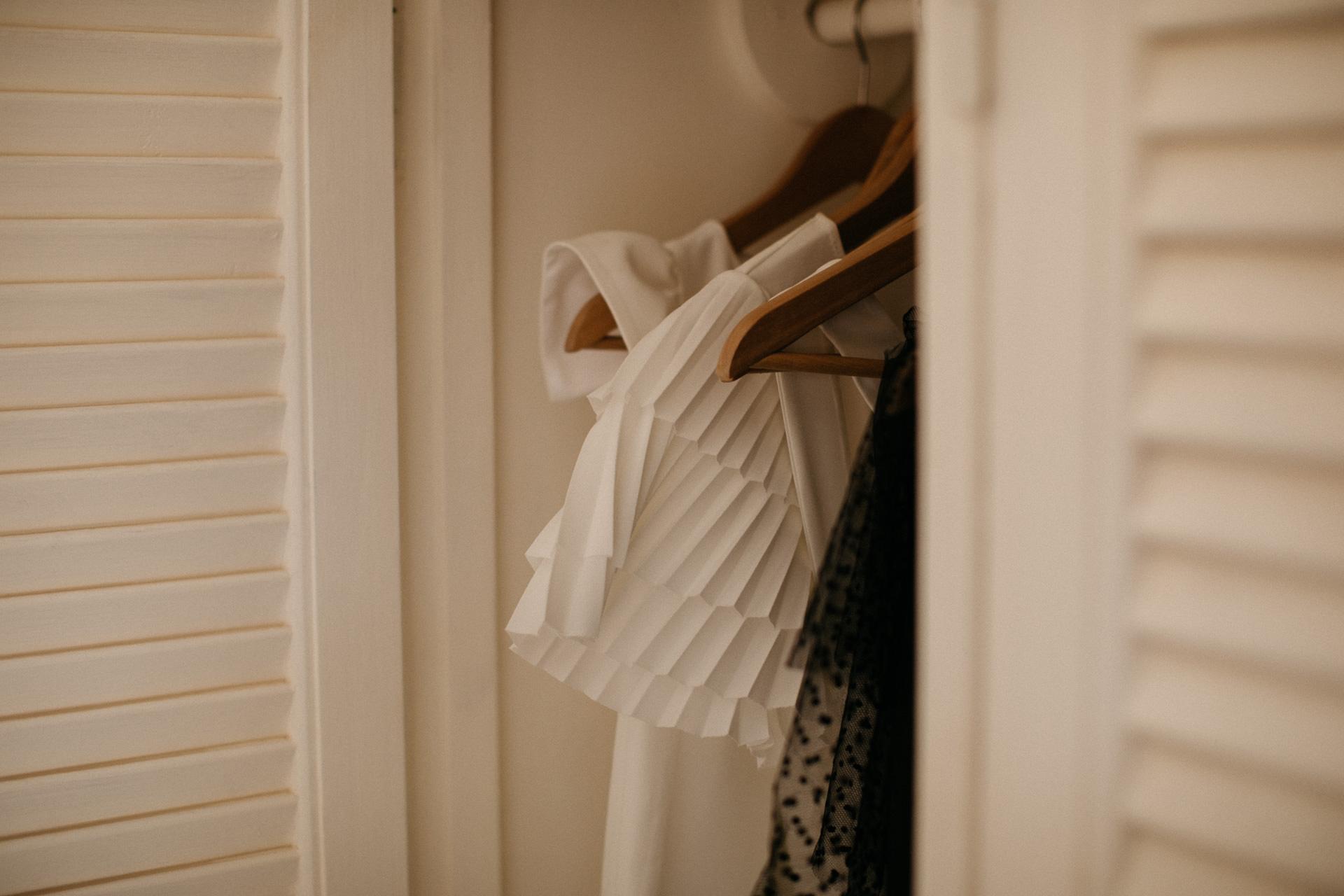 FAQ - Dressing By Romance
